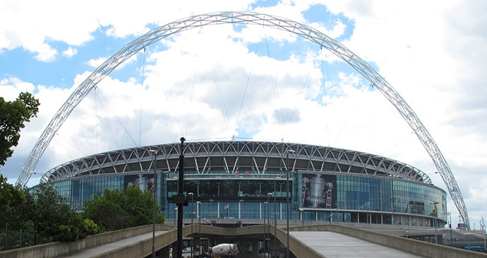 Wembley Stadium London Britain by Dave James, Wikimedia Commons
