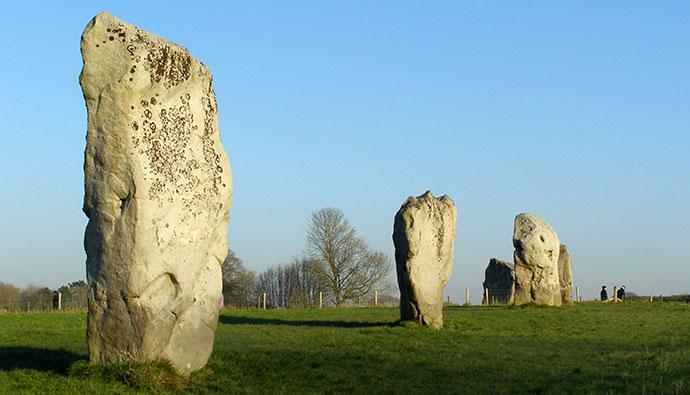 Avebury Henge Wiltshire UK by JimChampion, Wikimedia Commons
