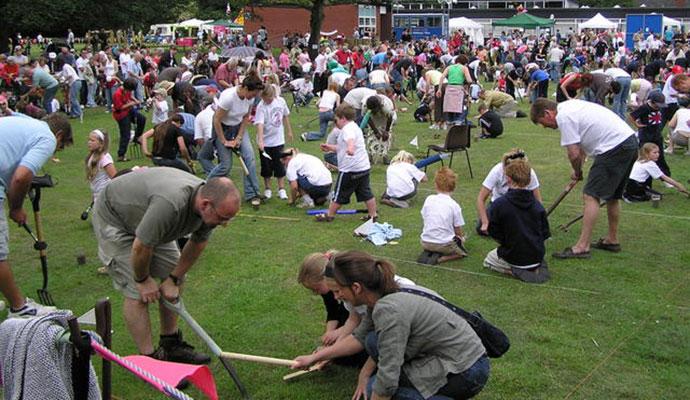Willaston World Charming Championships, Cheshire, British Isles by Graham Shaw, Wikimedia Commons