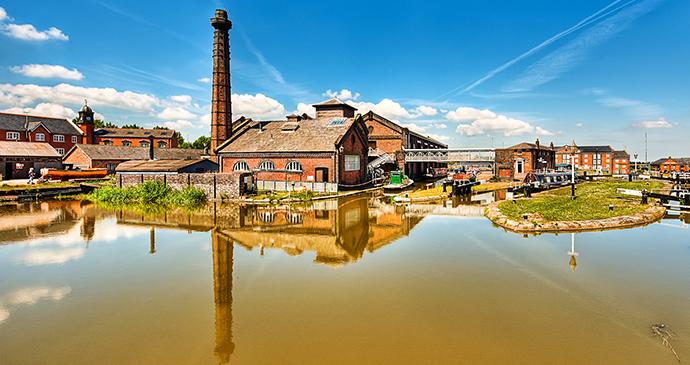 National Waterways Museum Ellesmere Port Cheshire England days out Cheshire by National Waterways Museum