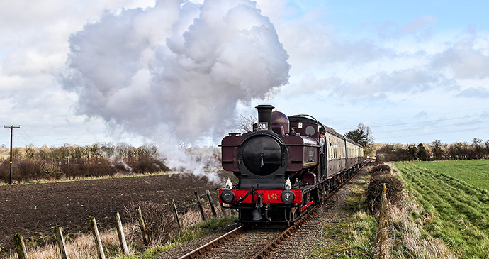 Chinor & Princes Risborough Railway Chilterns by Charlie Jackson Wikimedia Commons heritage railways