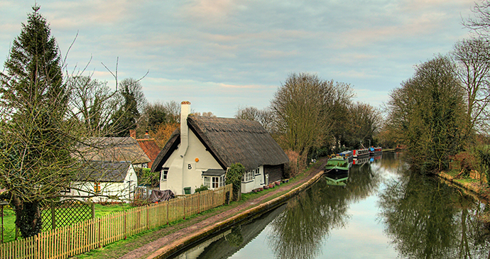 Grand Union Canal Marsworth Chilterns by Visit Buckinghamshire