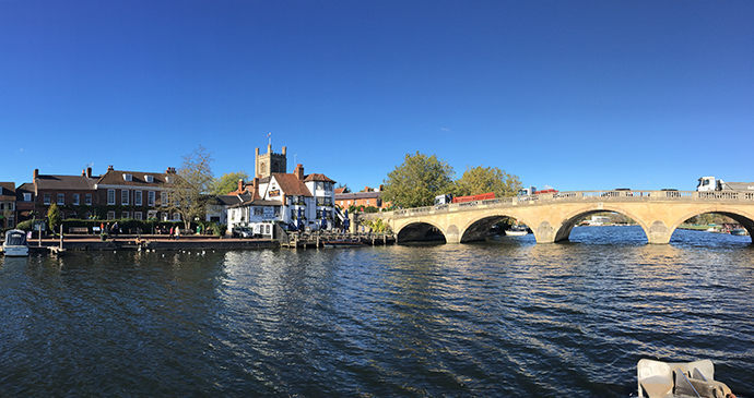 Henley boat trip chilterns by Laura Pidgley