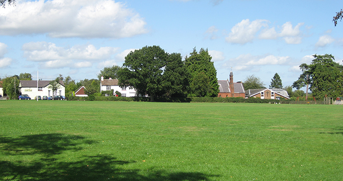 Holmer Green common Holmer Green Chilterns by Proteus4 Wikimedia Commons