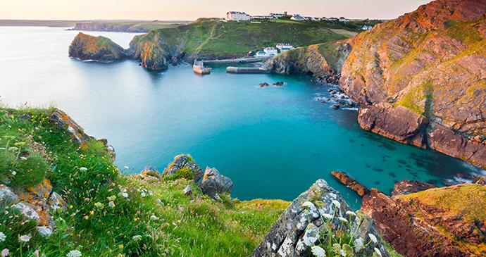 Mullion Cove Cornwall by Ian Woolcock Shutterstock