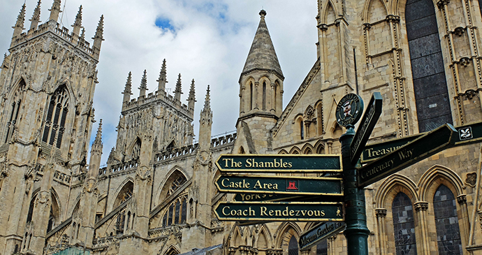 York Minster Yorkshire by Cycle Yorkshire Wolds