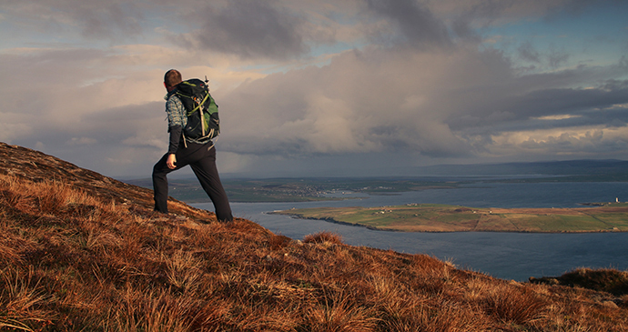 Walking to Old Man of Hoy Orkney Orkney.com cliff walks