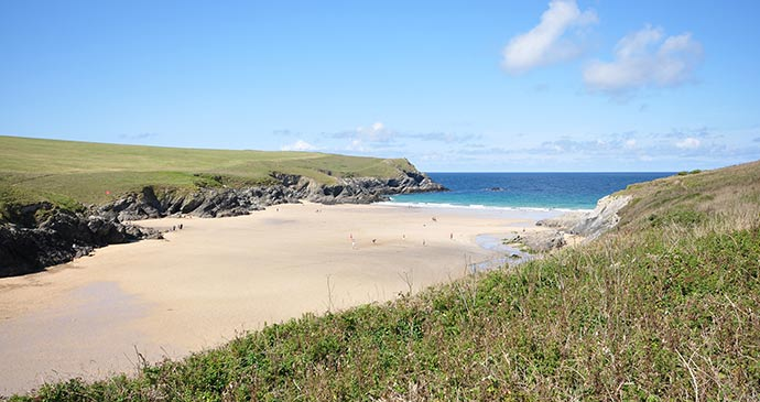 Porth Joke Cornwall British Isles by Wikimedia Commons