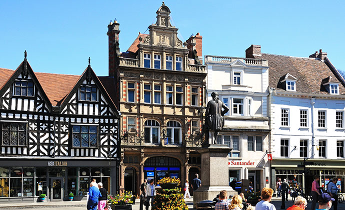 Shrewsbury town centre © Shutterstock/Arena Photo UK