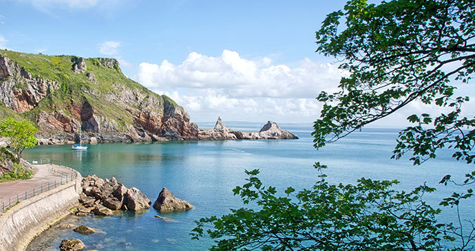 Anstey's Cove, Torquay, South Devon by Unique Devon Tours