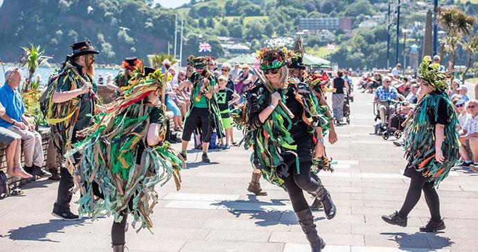Otter Morris Dancers, Teignmouth, South Devon by Teignmouth Folk Festival