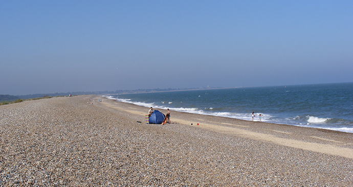 Dunwich beach, Suffolk, England by geograph.org/Wikimedia Commons