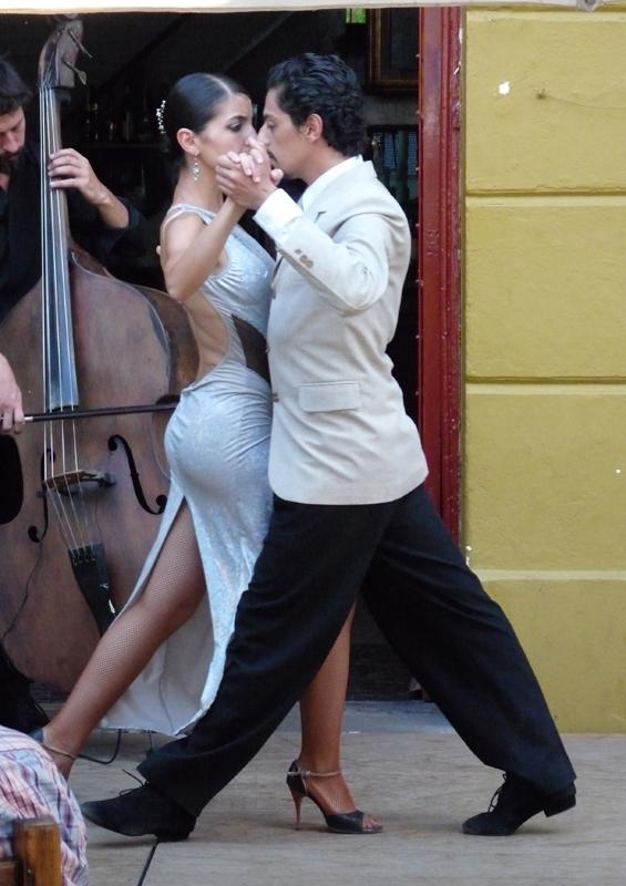 Tango, Caminito, La Boca, Argentina by Michael Clarke, Wikipedia