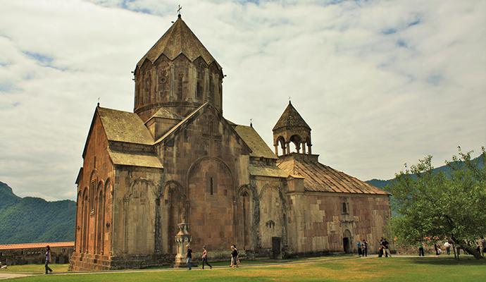 Gandzasar Monastery Armenia by Alaexis Wikimedia Commons