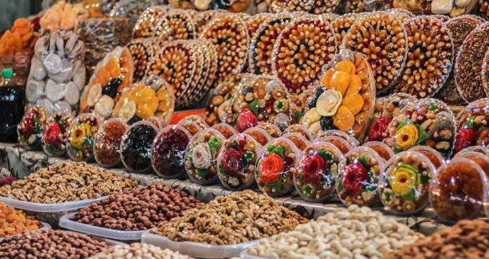 Stall Gum Market Yerevan Armenia © Sun Shine, Shutterstock