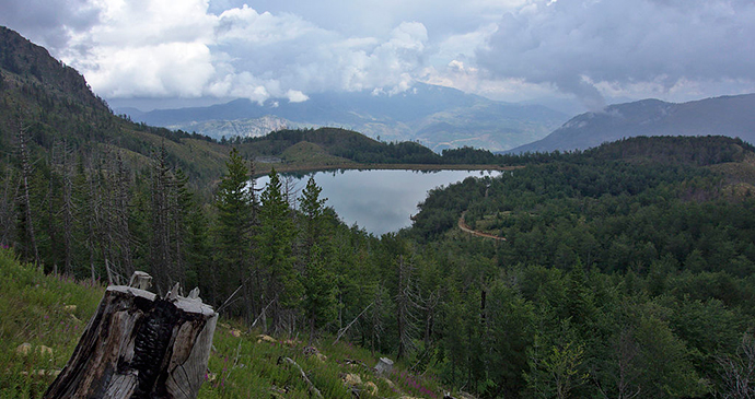 Lura Lakes, Albania by Malekni, Wikimedia Commons