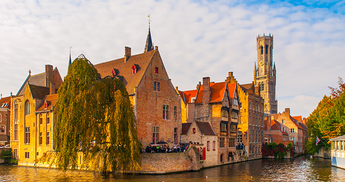 Canal Bruges Northern Belgium Pyty Shutterstock