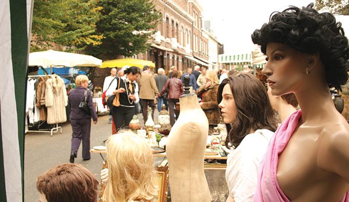 Tongeren antiques market Flanders Belgium by Jeroen Broux, VisitFlanders