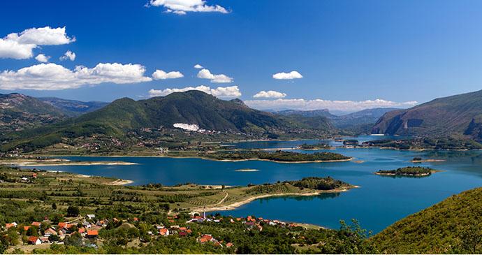Ramsko jezero, Bosnia by L.Nagy, Shutterstock