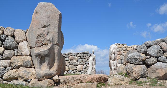 Sphinx Gate Hattusas Turkey by Carole Raddato Wikimedia Commons