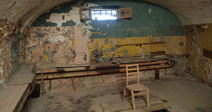 Hanging room Patarei Prison Estonia by JIP Wikimedia Commons