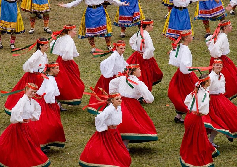 Traditional Estonian dancers, Estonia by Visit Estonia