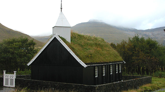 Hvalvík Streymoy Faroe Islands by Erik Christensen, Wikimedia Commons