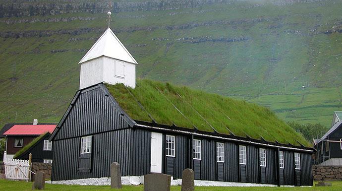 Norðragøta Faroe Islands by Erik Christensen, Wikimedia Commons