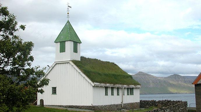 Oyndarfjørður Eysturoy by Erik Christensen