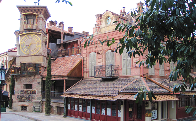 Gabriadze Puppet Theatre Tbilisi by Kober, Wikimedia Commons