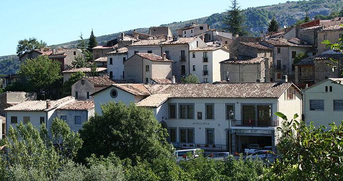 Infinitispazi, Abruzzo, Infinitispazi, Wikimedia Commons