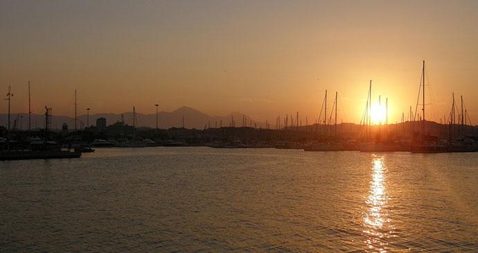 Pescara, Abruzzo, Italy, Ra Boe, Wikimedia Commons