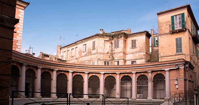 Chieti, Abruzzo, Italy, adamico, shutterstock