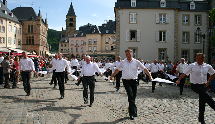 Echternach Dancing Procession Luxembourg by Foto acpress(e)/LFT