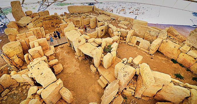 Ħaġar Qim Malta by www.viewingmalta.com