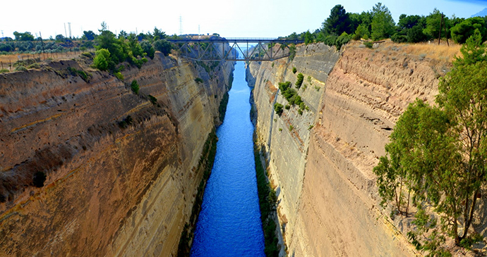 Corinth Canal Pelopponese Greece by Kris Silver Wikimedia Commons
