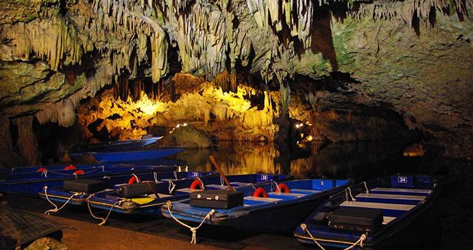 Diros Caves Peloponnese Greece Europe by Koppi2 Wikimedia Commons