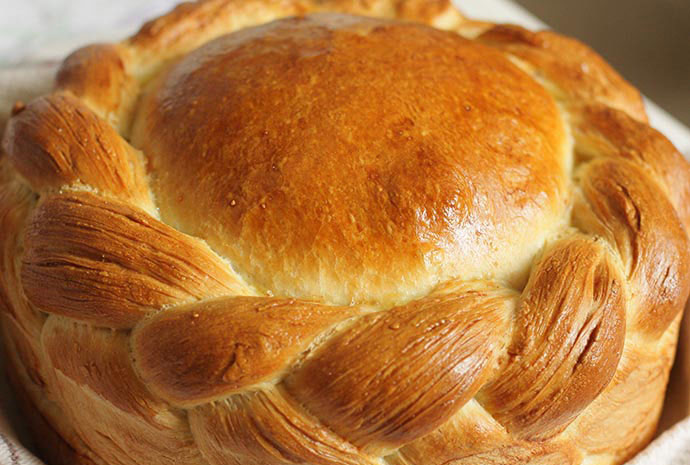 Cesnica Christmas bread Serbia by Ivana Lalicki Shutterstock