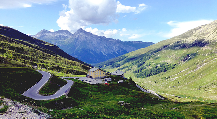 Splügen Pass Switzerland by Kit36a Wikimedia Commons best walking routes switzerland