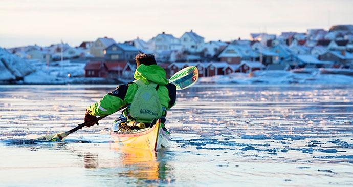 kayak Smogen West Sweden by Roger Borgelid
