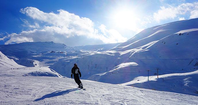 Skiing Damavand Iran by Maria Oleynik