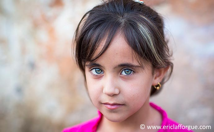 Kurdish girl Iraq by Eric Lafforgue