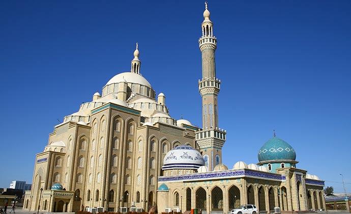 Jalil Khayat Mosque Erbil Kurdistan Iraq by Sadik Gulec, Shutterstock