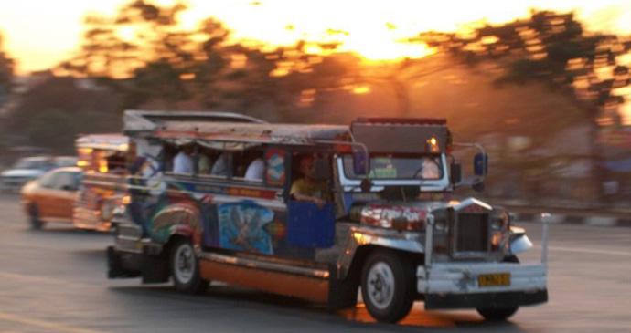 Manila Jeepney, Philippines © Hannah Stuart-Leach