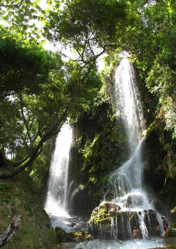 Saut d'Eau waterfalls, Haiti by Jstplace, Wikipedia