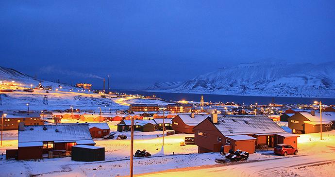 Longyearbyen, Svalbard by Marcela Cardenas, www.nordnorge.com