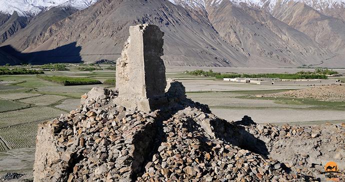 Afghanistan landscape © Shane Dallas The Travel Camel